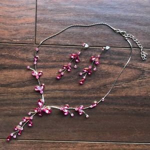 NWOT NECKLACE & EARRING SET, 21""